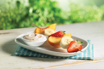 Alternative format - Fruit kebabs with maple cinnamon yogurt dip